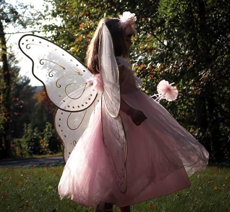 Bästa kläderna för prinsess-kalaset